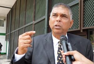 1Rachied Doekhie'Ik ben niet aan een kant gezet door Bouterse'